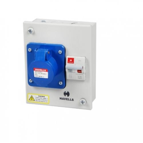 Havells 32A 2P+E Solution With Insulated Plug and Socket IP40, DHDPBDP032