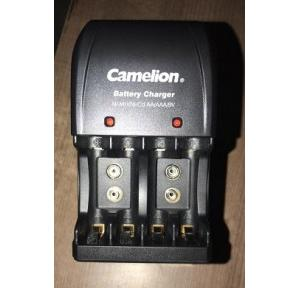 Camelion Battery Charger 9V Black