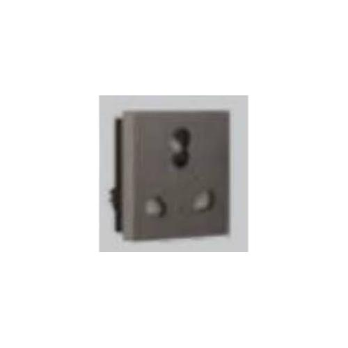 Crabtree Athena 6 A 3 Pin Shuttered Socket with IS, ACAKCXG063