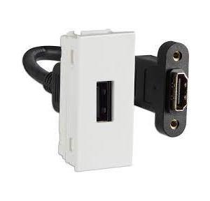 Crabtree Verona Triple 1 M RCA Socket for Data Transmission, ACVKXXW063