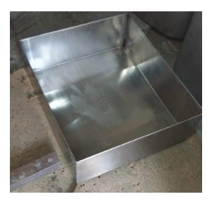 Water Dispenser Tray, SS304, Size - 650 x 550 x 100 mm